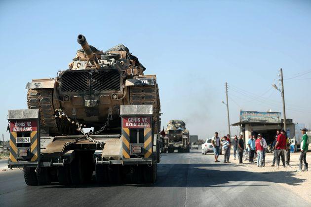 Assad bombarda i turchi a Idlib. Lo spettro della guerra irrompe nell'incontro tra Putin e