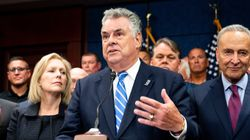 Pete King Becomes First House Republican To Back Assault Weapons