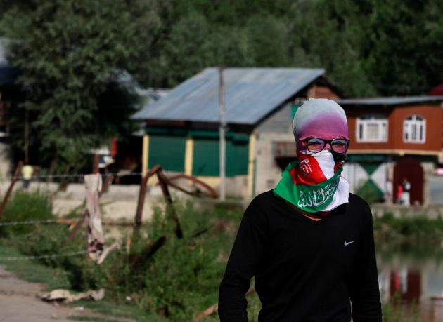 How This Kashmir Neighbourhood Is Becoming The Epicentre Of Resistance To The Modi