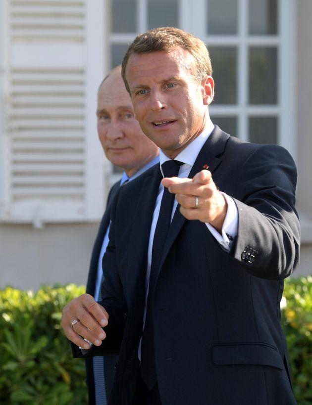 Emmanuel Macron recevant Vladimir Poutine au Fort de Brégançon, le 19 août