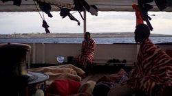 Italia se ofrece ahora a trasladar a los migrantes del Open Arms si el barco retira la bandera de