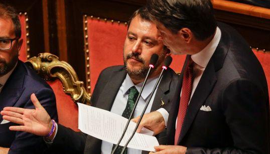 Παραιτήθηκε με πυρά κατά του Σαλβίνι ο πρωθυπουργός της Ιταλίας, Τζουζέπε
