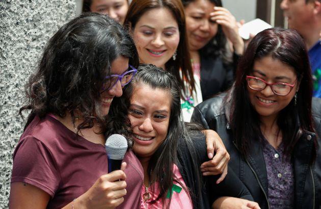 Ελ Σαλβαδόρ: Αθωώθηκε η γυναίκα - θύμα βιασμού που γέννησε νεκρό