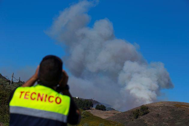 Σε ύφεση η πυρκαγιά στο Γκραν Κανάρια, μικρότερη η καταστροφή απ' όσο εκτιμούσαν οι
