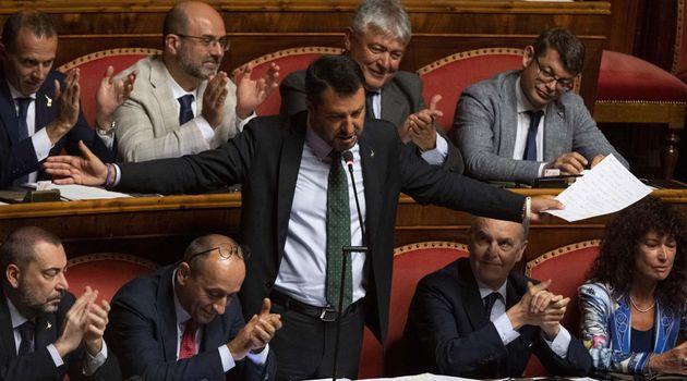 Conte dimite como primer ministro italiano y acusa a Salvini de desatar la