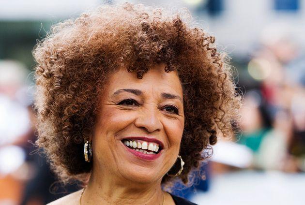 Angela Davis, filósofa, escritora e ícone do movimento negro vem ao Brasil