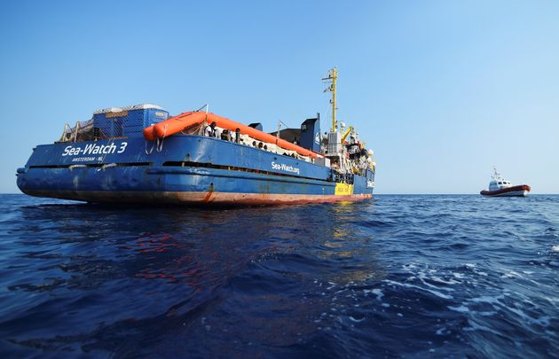 Pia Klemp, capitaine du Sea-Watch, refuse d'être décorée par