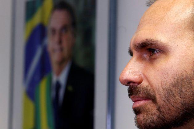 Aliado de Eduardo Bolsonaro defende que o parlamentar, como embaixador,