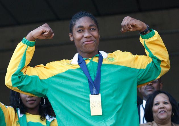 世界陸上女子800メートルで優勝のキャスター・セメンヤが南アフリカに帰国