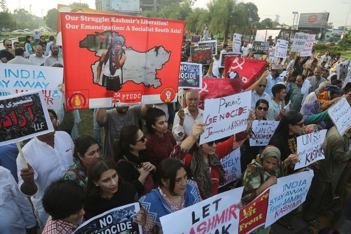 Protesters in Lahore, Pakistan rally to express solidarity with Indian Kashmiris.