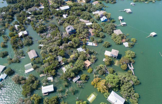 Κλιματική αλλαγή: Σημαντική άνοδο των υδάτων και ολέθριες οικονομικές επιπτώσεις προβλέπουν νέες