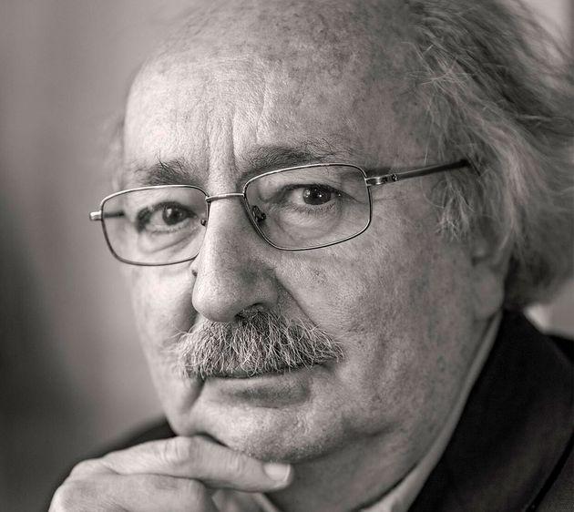 El poeta español Antonio Colinas, en la primavera de