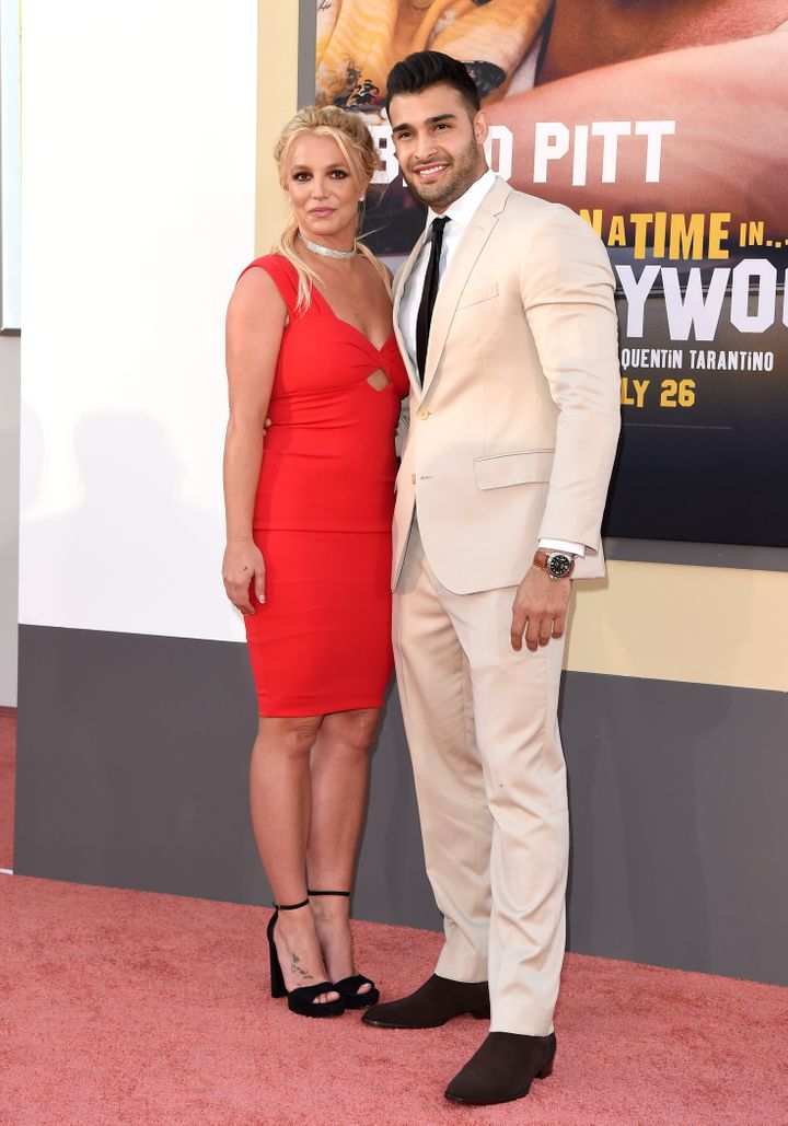 Britney Spears and Sam Asghari make their red carpet debut as a couple.