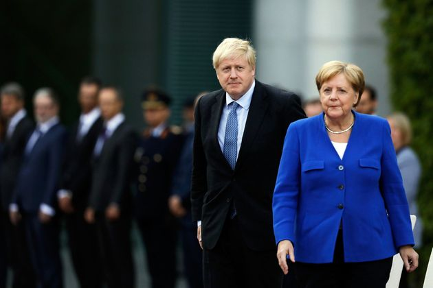 Boris Johnson, a Merkel:
