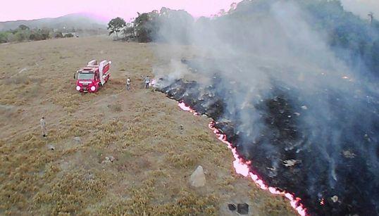 Incêndios na Amazônia apontam o perigo da desregulamentação em meio à mudança