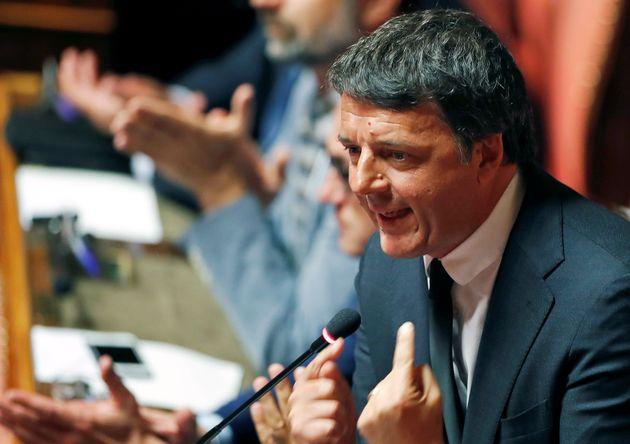 """Neanche è cominciata e... Renzi già contraddice Zingaretti: """"Sì al Conte bis"""""""