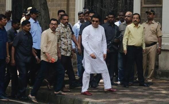 MNS chief Raj Thackeray in front of ED office in Mumbai on