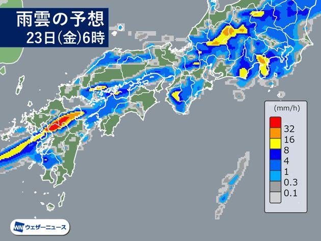 8月23日は九州や近畿で激しい雨。局地的に1時間80mmに達するおそれも