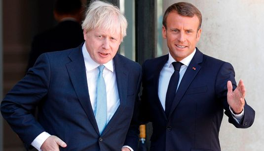 Macron avisa a Johnson de que no hay tiempo para renegociar el