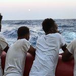 Des migrants privés de terre ferme, d'autres de