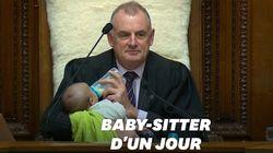 Le président du Parlement néo-zélandais joue les baby-sitters en pleine