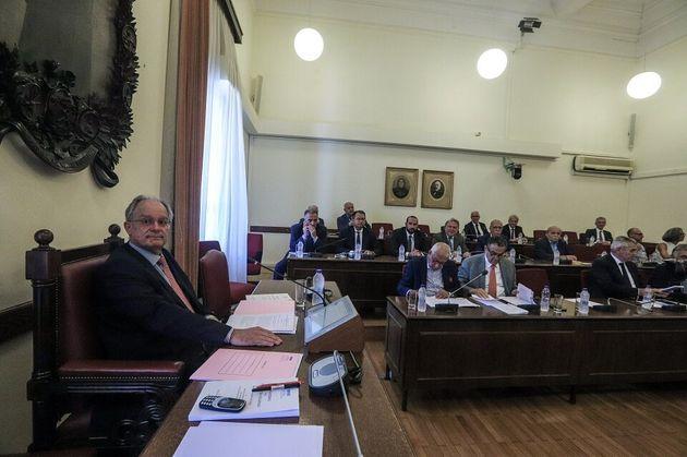 Οι δικαστικοί λειτουργοί που προκρίνονται για τη θέση του προέδρου του Αρείου