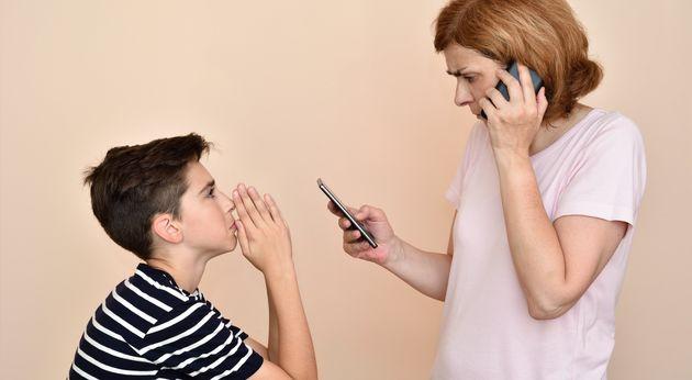 Interdire le smartphone n'est pas très efficace, mais un contrôle et un encadrement parental...
