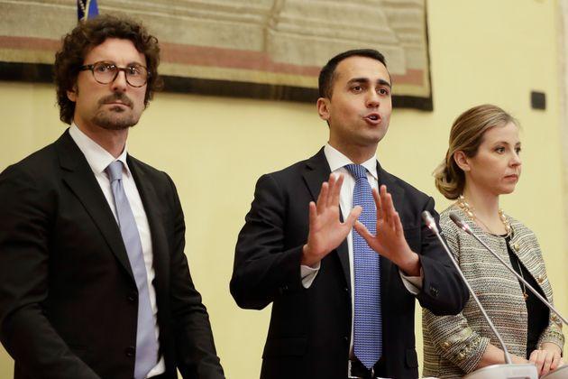 Ιταλία: Έτοιμος να διαπραγματευτεί με τα άλλα κόμματα δηλώνει ο ηγέτης του M5S Λουίτζι Ντι