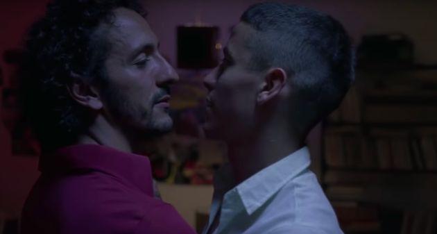 Os atores Irandir Santos e Jesuíta Barbosa são os protagonistas do