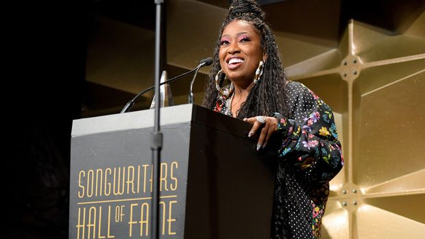 NEW YORK, NEW YORK - JUNE 13: Inductee Missy Elliott speaks onstage during the Songwriters Hall Of Fame 50th Annual Induction And Awards Dinner  at The New York Marriott Marquis on June 13, 2019 in New York City. (Photo by Larry Busacca/Getty Images for Songwriters Hall Of Fame)