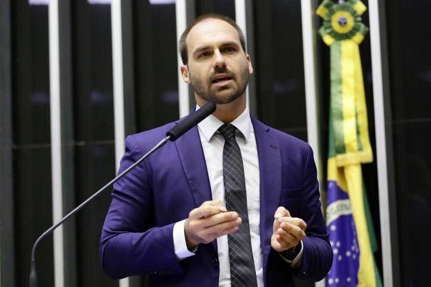 Eduardo Bolsonaro usa comando em comissão como palanque e teste