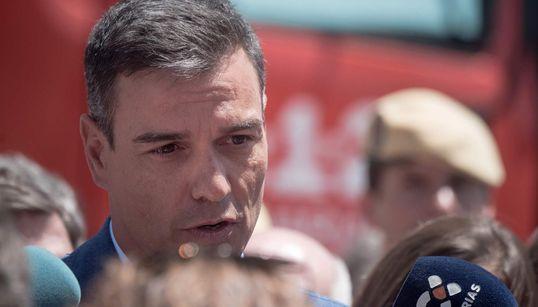 Sánchez apura los plazos para acordar una investidura y retrasa hasta septiembre las reuniones con los líderes