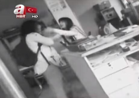 #EmineBulut: Σάλος στην Τουρκία από βίντεο γυναίκας που δολοφονήθηκε από τον πρώην σύζυγό