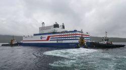Αρκτική: Σάλπαρε ο πρώτος πλωτός πυρηνικός σταθμός της