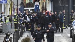 Les policiers en faction devant le commissariat n'avaient rien à voir avec l'état