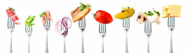 Alimentos como tomate, cogumelos, queijos, milho e carnes são ricos em