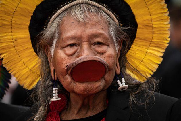 En Amazonie, le chef indien Raoni veut le départ de