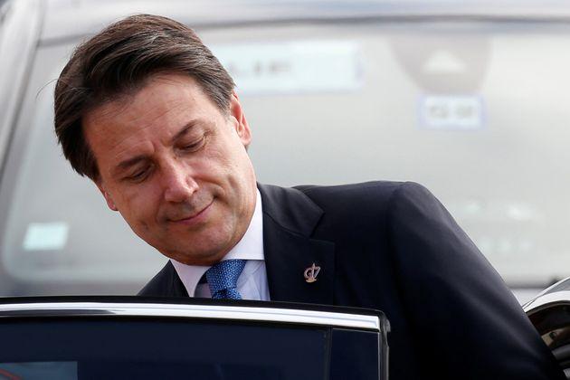 """Giuseppe Conte a Biarritz per il G7: """"Mai più con la Le"""