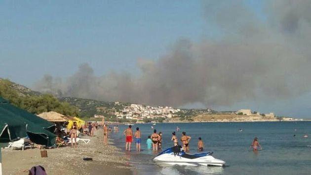Μεγάλη φωτιά στη Σάμο, εκκενώθηκαν ξενοδοχεία - Πύρινα μέτωπα σε Αττική και