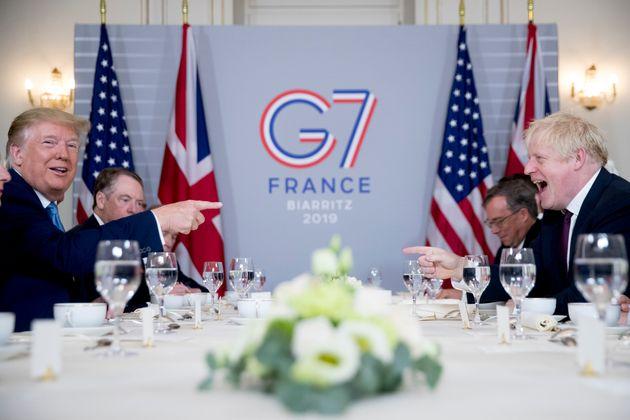 Τραμπ: Οι ΗΠΑ θα συνάψουν άμεσα εμπορική συμφωνία με τη Βρετανία μετά το