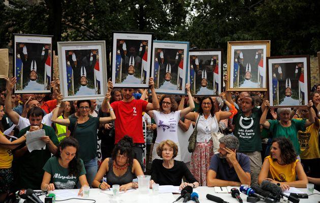 G7: à Bayonne, ces manifestants ont brandi des portraits de