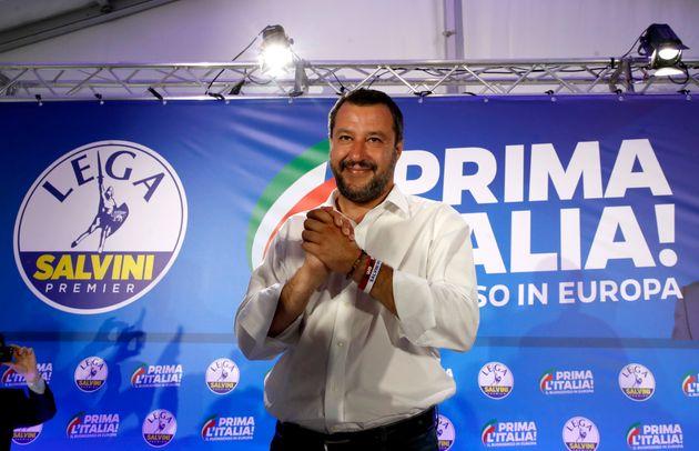 Il popolo che accorre numeroso ai comizi di Salvini mi fa paura
