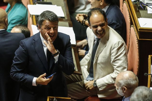 """""""Sostegno a Zingaretti, anche con sì a Conte"""". I r"""