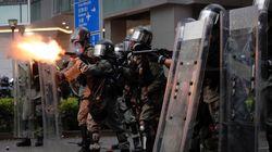 Βίαιη κλιμάκωση στο Χονγκ Κονγκ: Διαδηλώσεις με πυροβολισμούς, μολότοφ και κανόνια