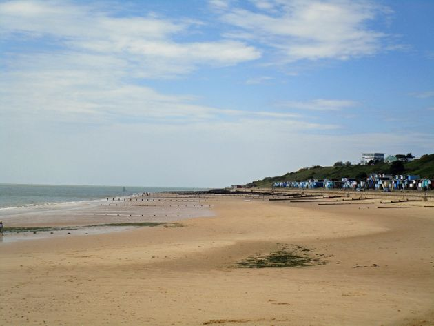 Police Called To Essex Beach As People 'Struggling To Breathe'