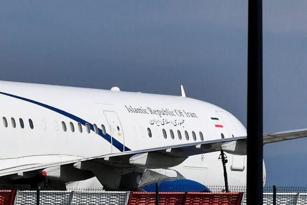 Surprise au G7: un avion du gouvernement iranien atterrit au