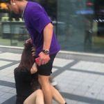 ソウルで男が日本人女性の髪つかむ 韓国内から批判殺到
