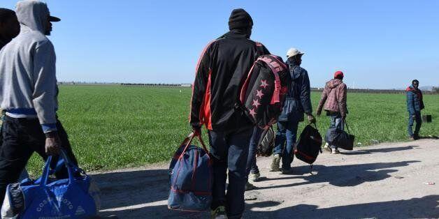 Migranti, i Paesi di Visegrad attaccano l'Unione europea: