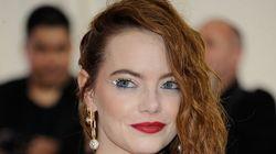 Emma Stone è irriconoscibile nei panni di Crudelia De Mon (i fan non hanno
