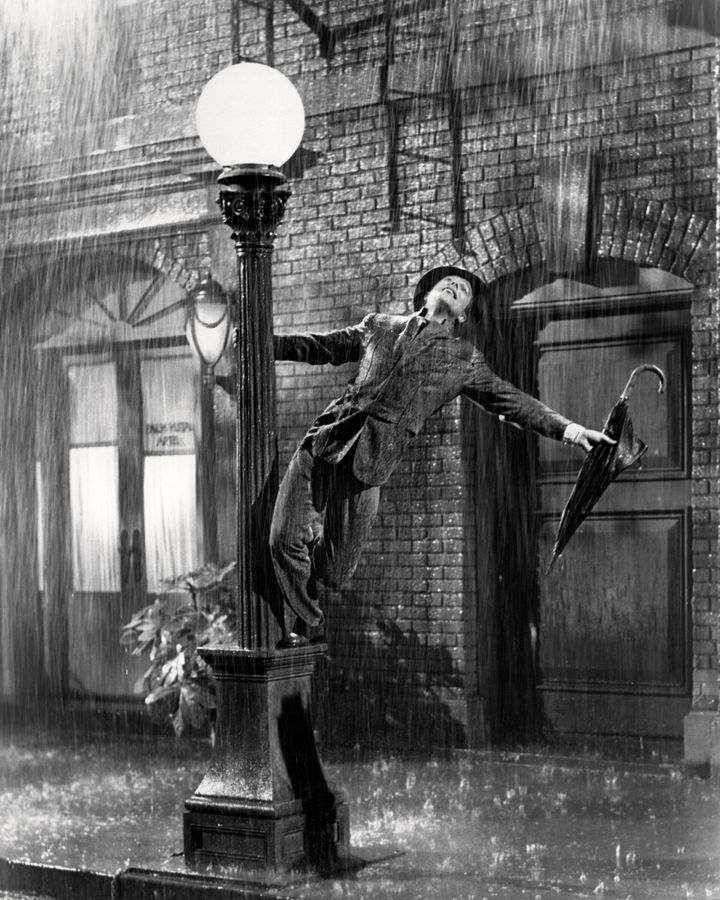 American actor and dancer Gene Kelly (1912 - 1996) as Don Lockwood in 'Singin' In The Rain', directed by Kelly and Stanley Donen, 1952. (Photo by Silver Screen Collection/Getty Images)
